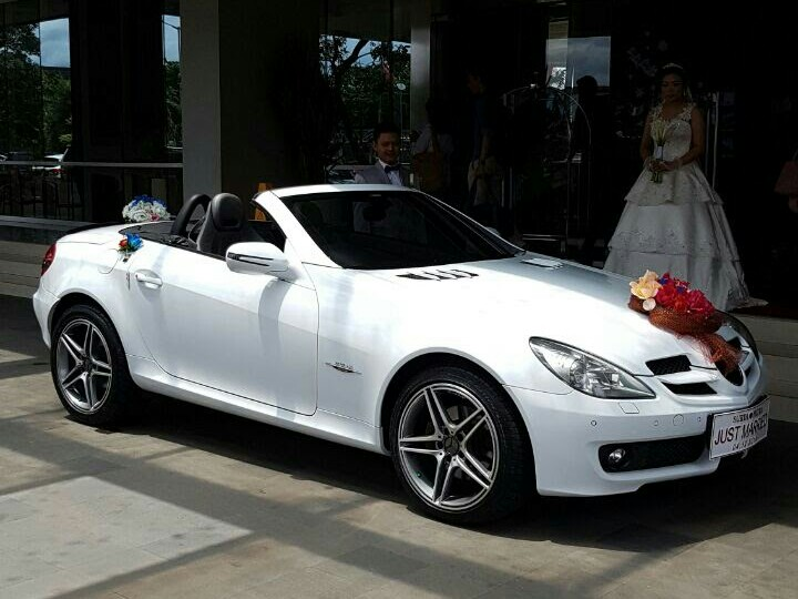 SEWA-RENTAL-MOBIL-MERCEDES BENZ- SLK-PENGANTIN-WEDDING CAR