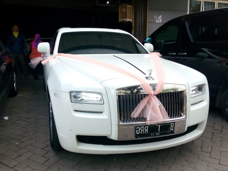 rental-sewa-mobil-rolls royce-pengantin-wedding car