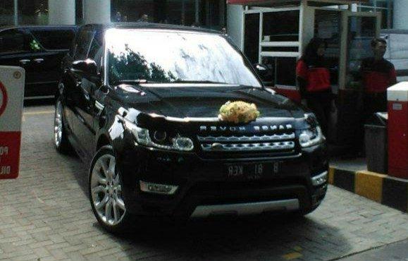 rental range rover,sewa range rover, rental mobil range rover, rental mobil mewah, sewa mobil mewah, -pengantin-wedding car