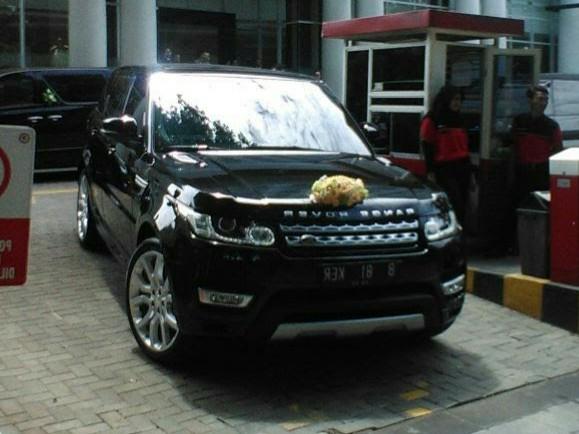 rental-sewa-mobil-mewah-range-rover-pengantin-wedding car