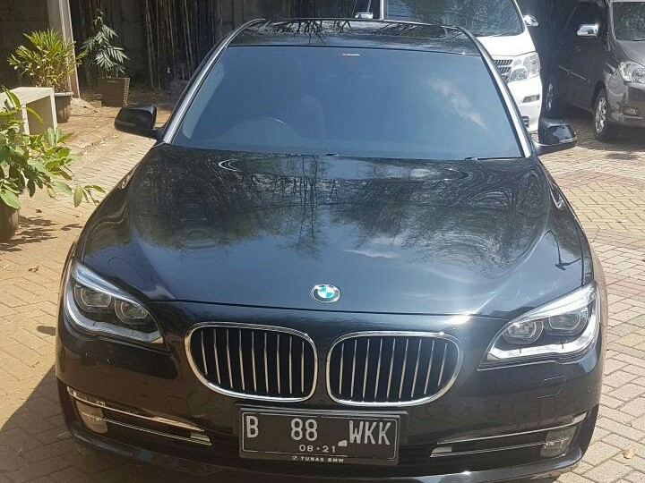 RENTAL MOBIL MEWAH, SEWA MOBIL MEWH BMW, JAKARTA, BANDUNG,CIREBON,BOGOR, BEKASI,DEPOK, TANGERANG